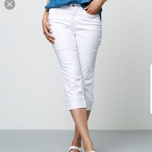 NYDJ White Stretch Denim Wide Cuff Capri